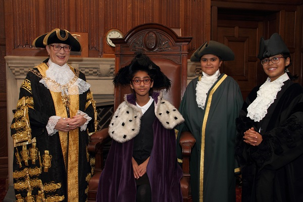 Yusuf Shah, Dania Karim, Usaymah Arfan and the Lord Mayor.