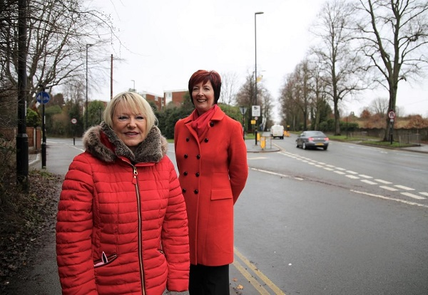 PHOTO: Cllr Pat Hetherton and Cllr Lynnette Kelly at the junction of London Road and Abbey Road.
