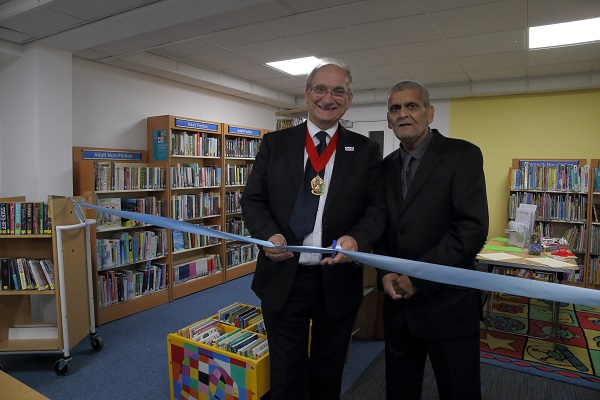 Ribbon cutting at Hillfields Library