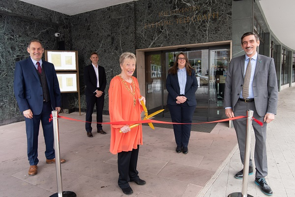TH Opening 1 – (Left to right) Brian Harrabin of CDP, Paul Brown, Regional Director of Bespoke Hotels, Lord Mayor of Coventry, Councillor Ann Lucas, Amy Windsor, General Manager of the Telegraph Hotel and Ian Harrabin of CDP.