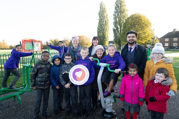 Pictured: Cllr Kamran Caan, Cabinet member for Public Health and Sport, with Pupils, teachers and parents from Stoke Heath Primary School